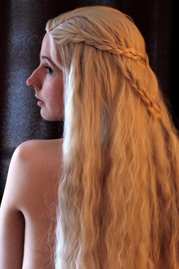 Daenerys 1 by EvieE-Cosplay
