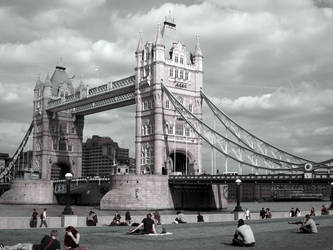 Towers of London BW by skyeycreation