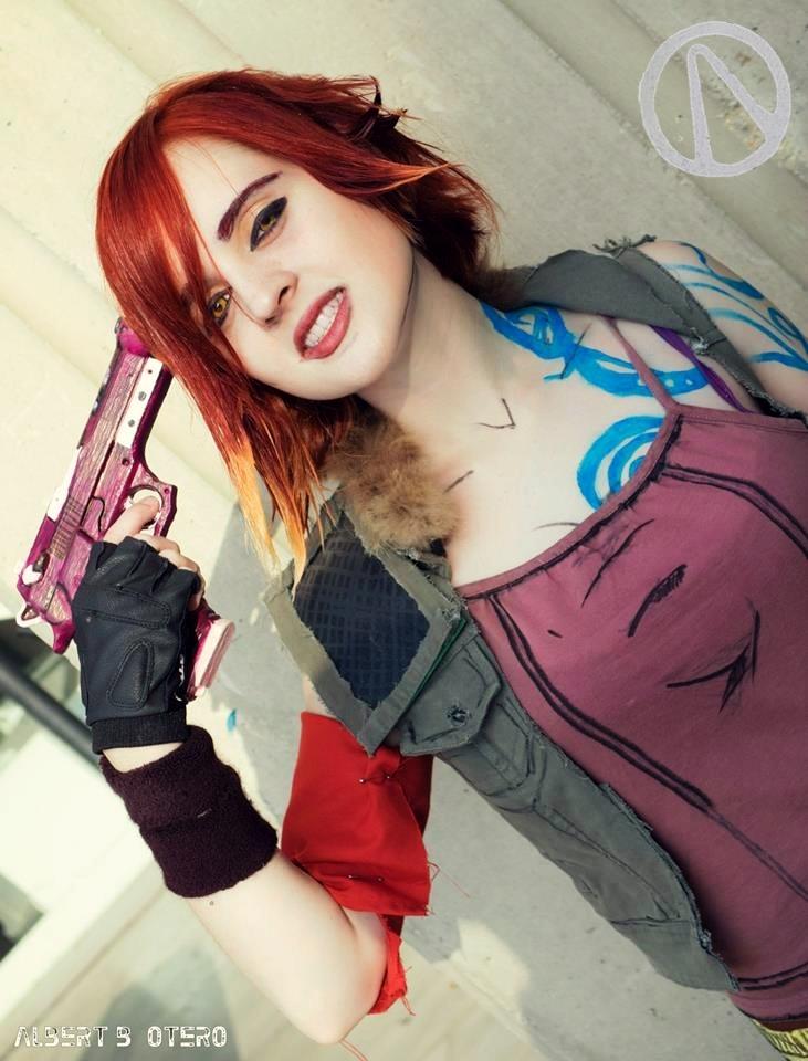 Lilith (Borderlands 2) cosplay 2 by Naiiar on DeviantArt Lilith Borderlands 2 Cosplay
