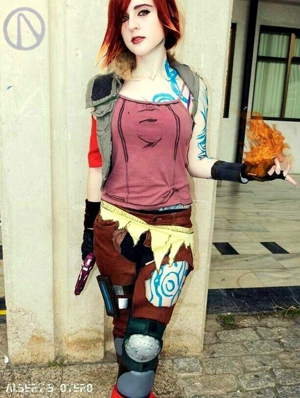 Lilith (Borderlands 2) cosplay 4 by Naiiar on DeviantArt Lilith Borderlands 2 Cosplay