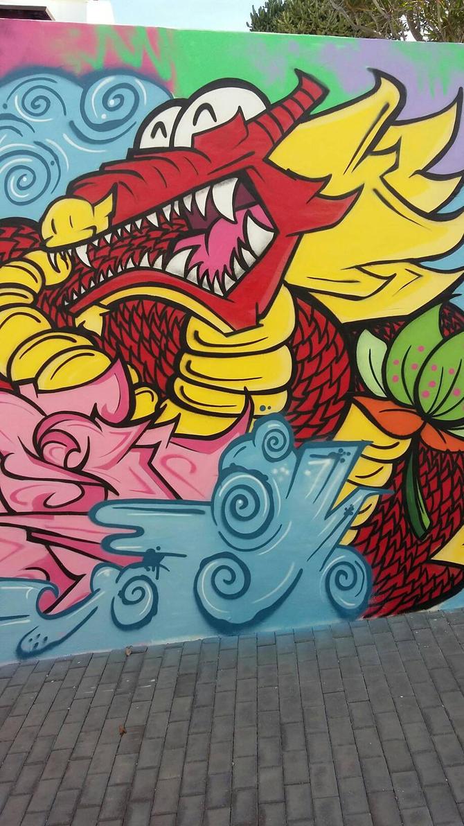 Zwei Dragon  by SUREGRAFFITI