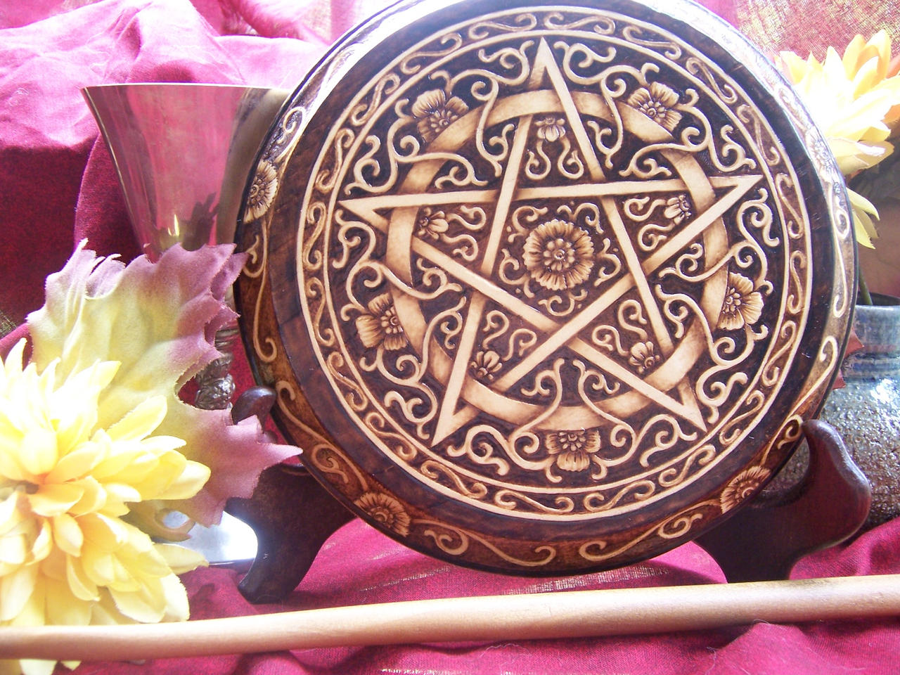 Briar Rose Pentacle by parizadhe