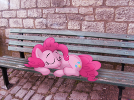 Tired already? Ate the wrong cupcakes? [PIRL] by colorfulBrony