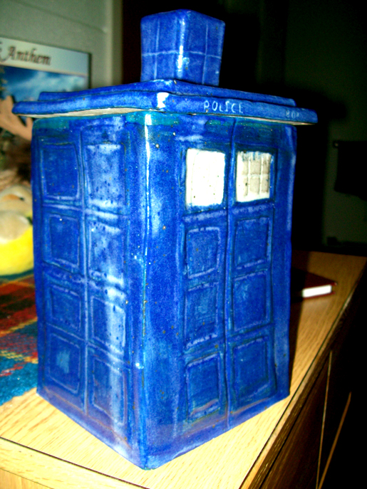 Tardis cookie jar by mountainlygon on deviantart - Tardis cookie jar ...