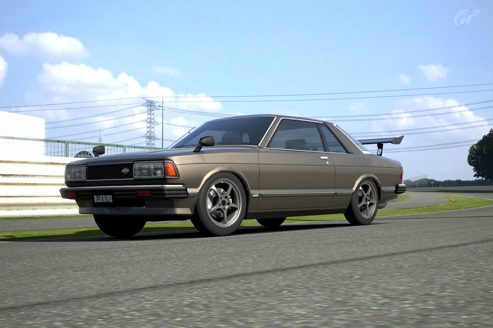 Pathfinder Turbo >> Nissan Bluebird 910 - More information