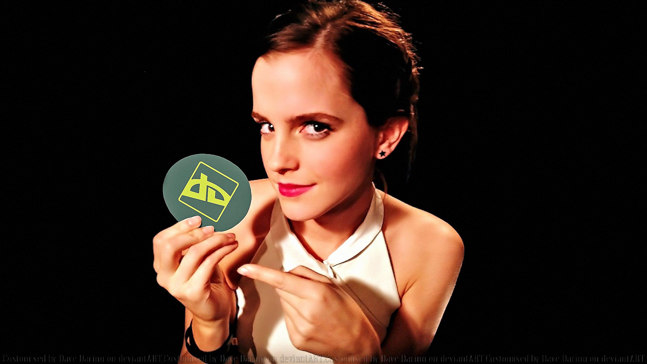 Emma Watson DeviantART Fan by Dave-Daring
