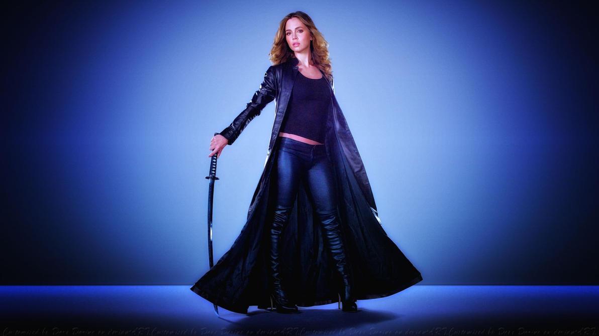 Eliza Dushku Sword by Dave-Daring