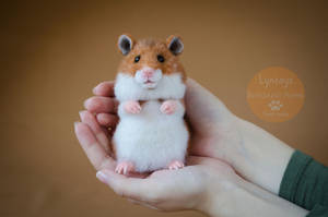 Hamster, needle-felted sculpture by Lyntoys