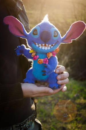 Stitch needlefelting sculpture 3 by Lyntoys
