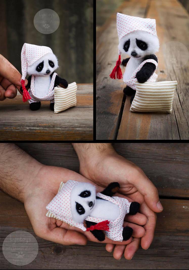 Peter panda needlefelting toy