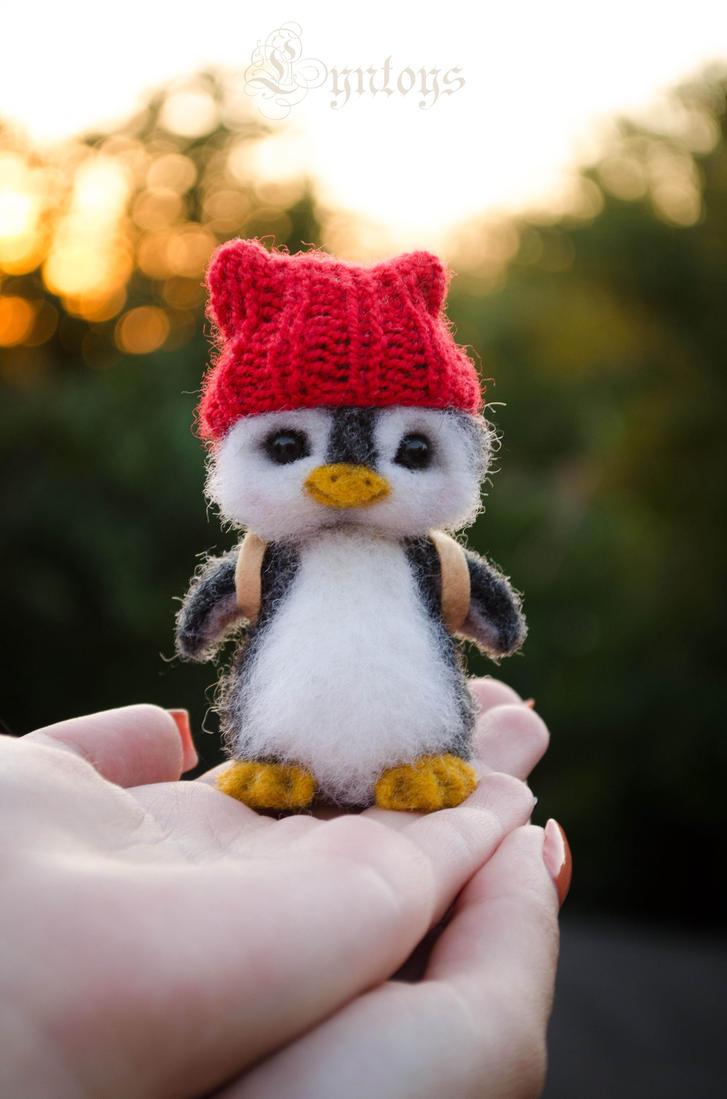 Penguin Needle Felted Aku by Lyntoys