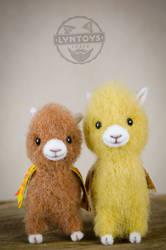 Baby llamas 2 by Lyntoys
