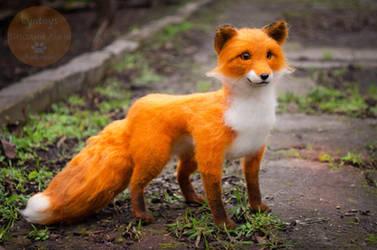 Fox Needle Felted Finn by Lyntoys