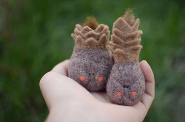 Wool cones home decor art, family couple Needle fe