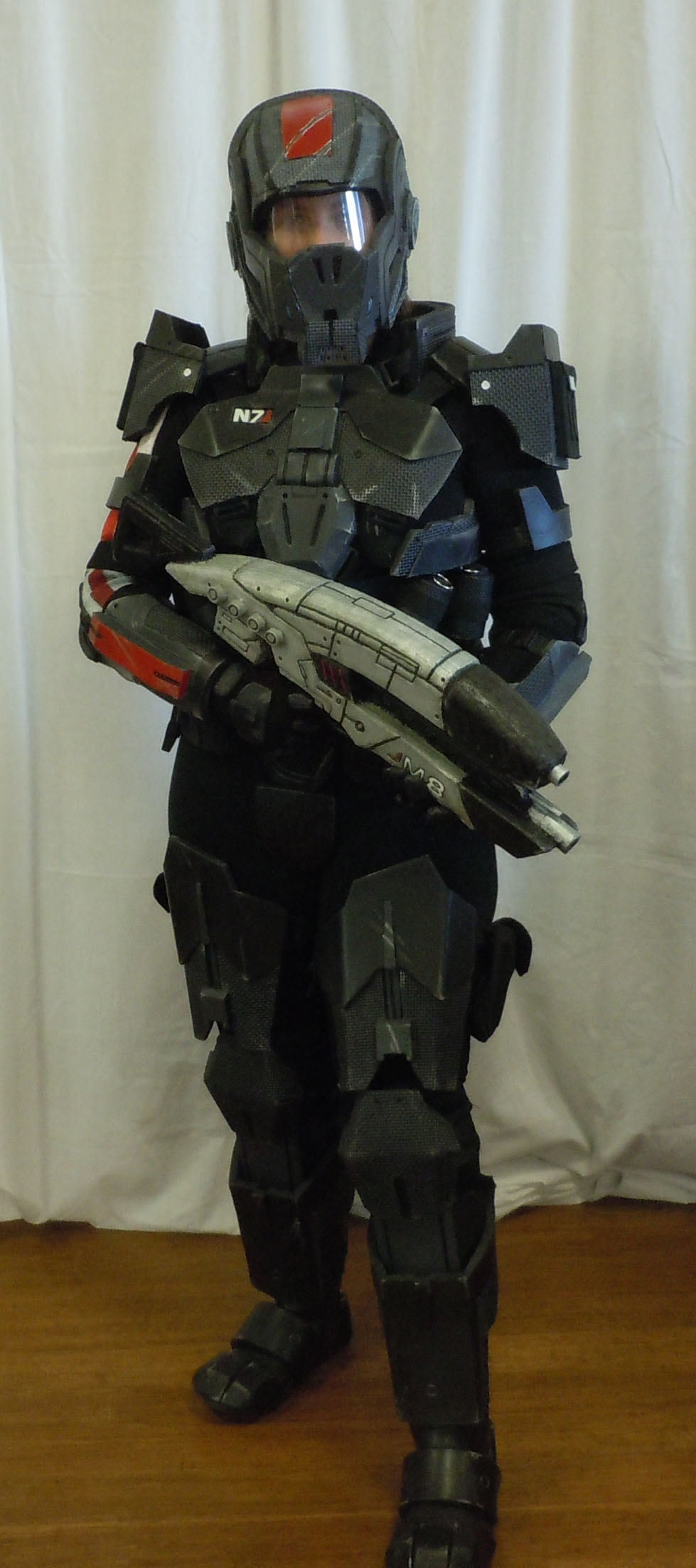 Mass Effect Cosplay by canius