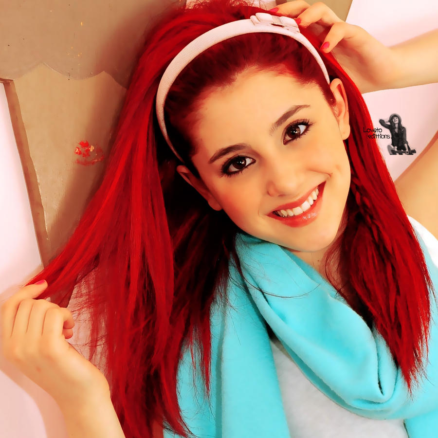 Ariana Grande by