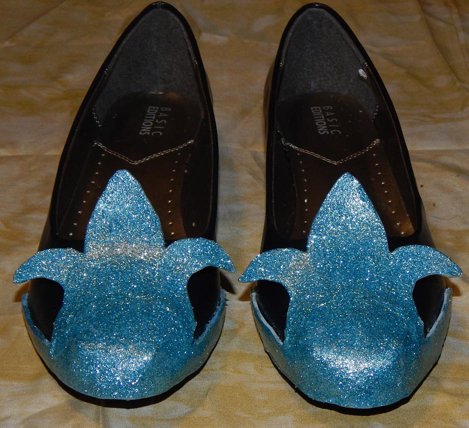 Princess Luna Shoes  *Front* by kikyo4ever