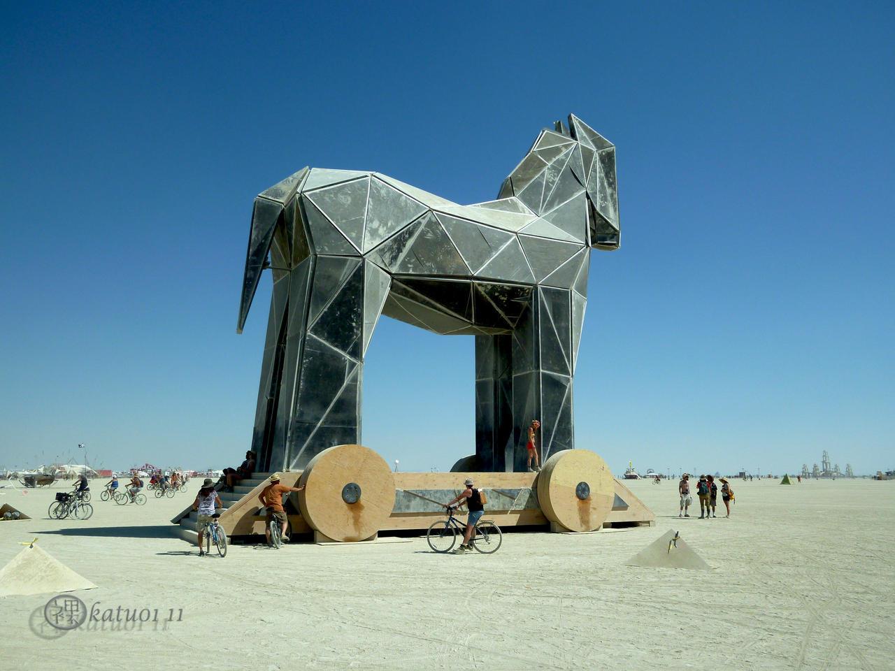 http://fc05.deviantart.net/fs71/i/2011/252/9/b/burning_man_trojan_horse_by_katu01-d49ca6m.jpg