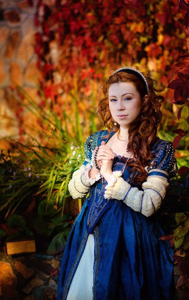 Elizabeth I by Elena-Homura