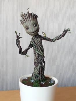 Baby Dancing Groot : full tutorial + pics and vid