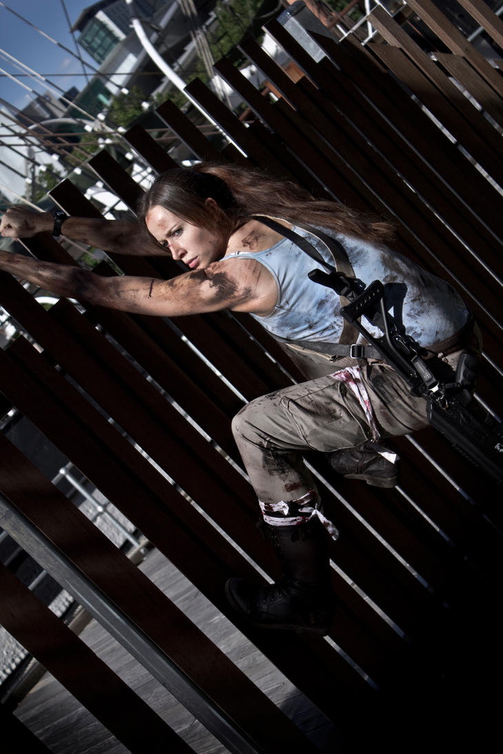 Lara Croft - Hang by ShonaAdventures