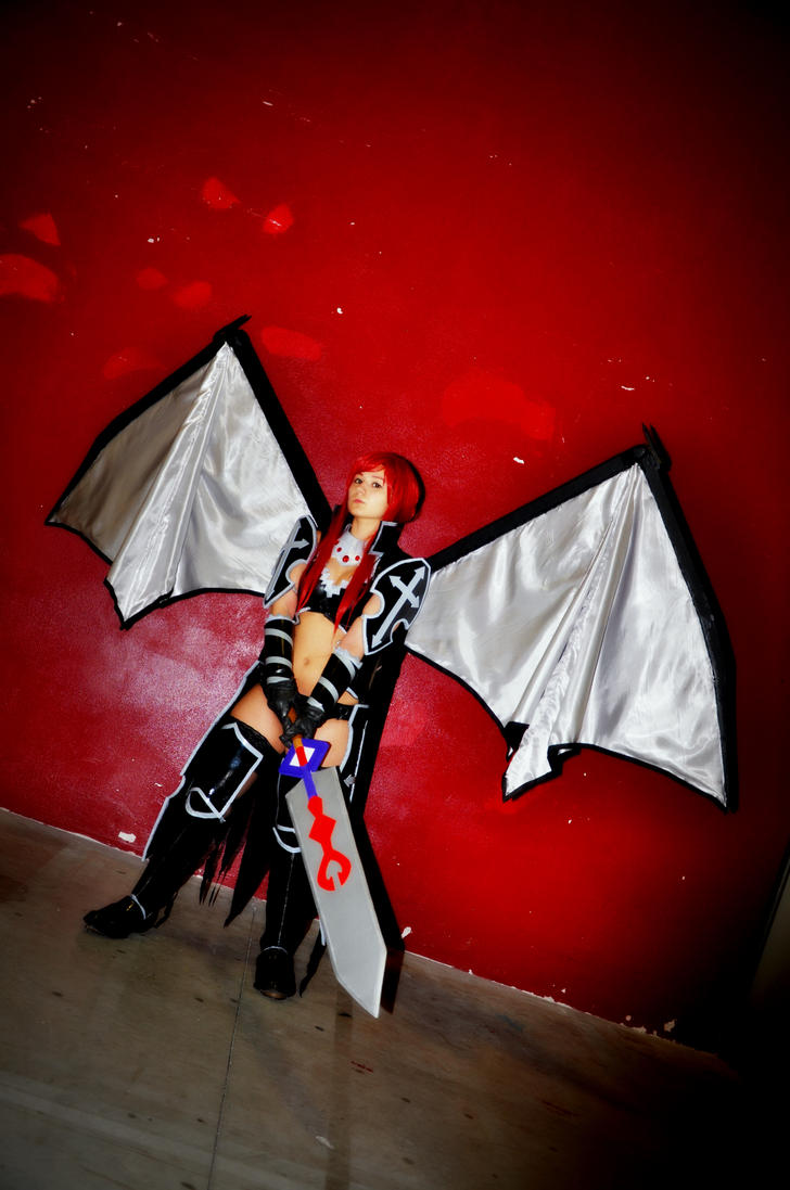 Erza Scarlet - BlackWing Armour by HellDollyErza Scarlet Black Wing Armor Cosplay