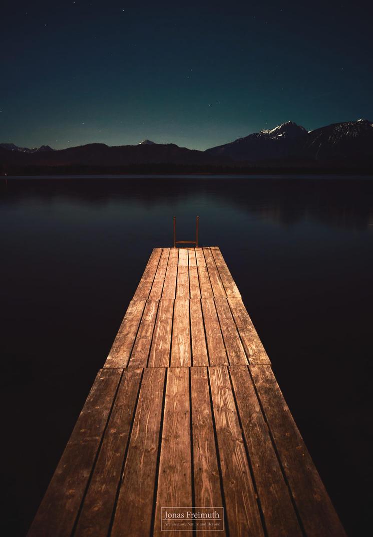 One cold, clear Night... by Cormocodran15