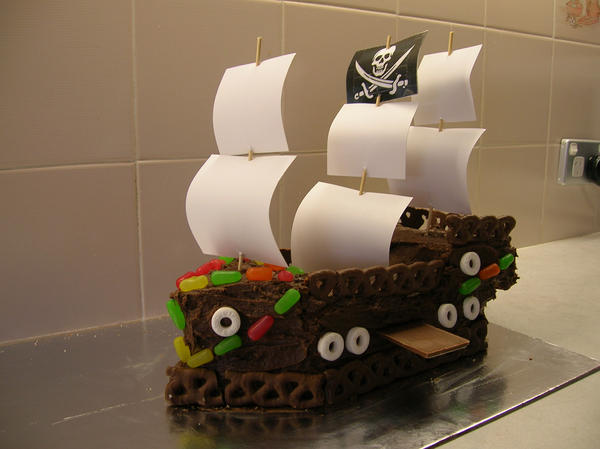 Pirate cake by geek-riot
