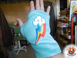 Rainbow Dash mittens by Rocket-Punk