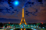Eiffel Tower by night HDR by Dje514