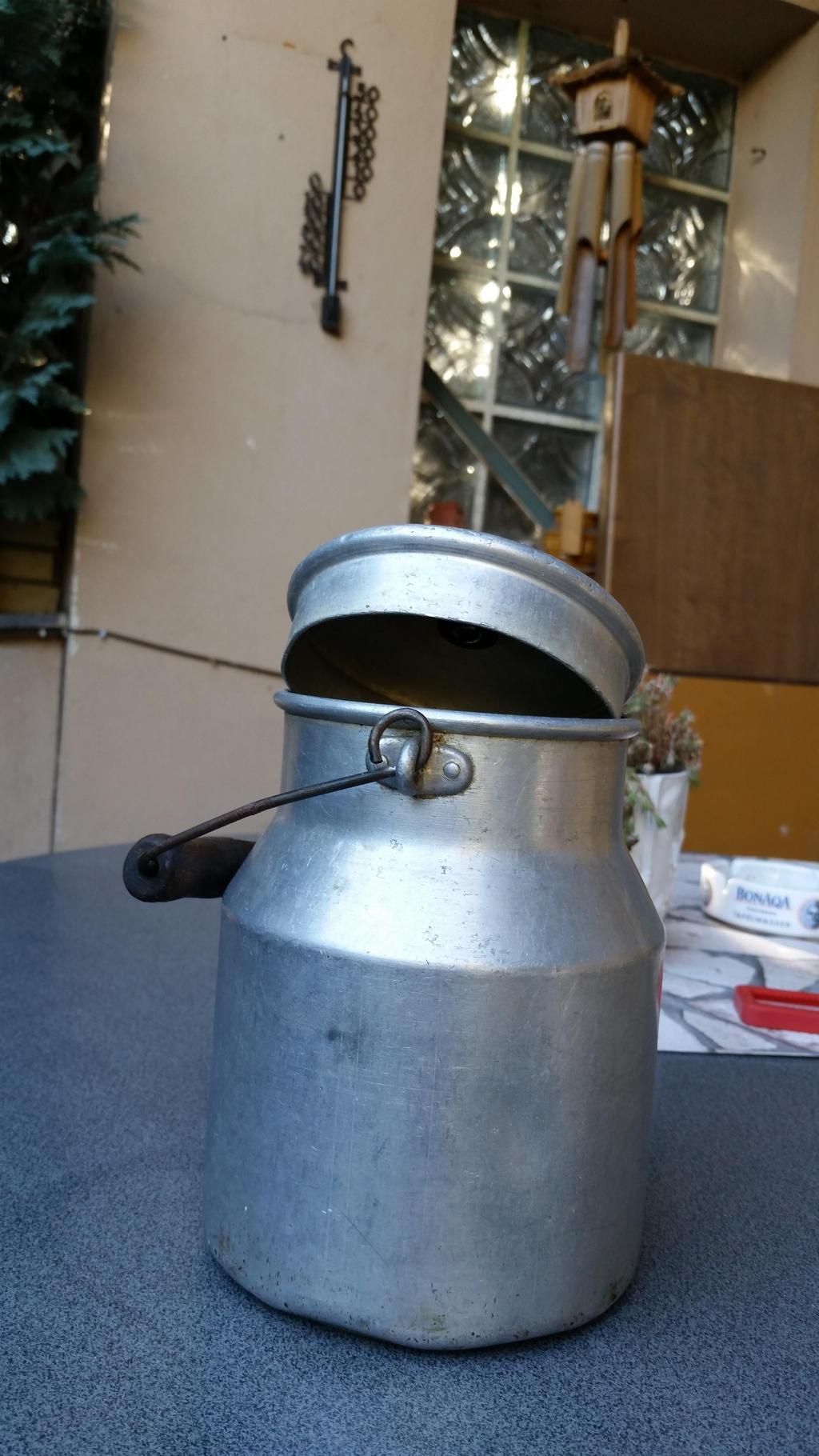 Old Milkpot 9 by gestandene