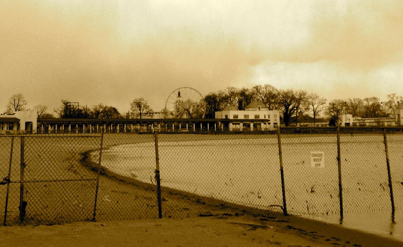 Playland/Fence-Rye, NY by jonifan1