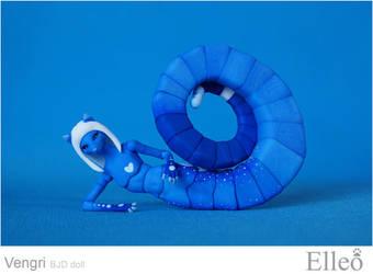 Vengri snake fox bjd doll 09