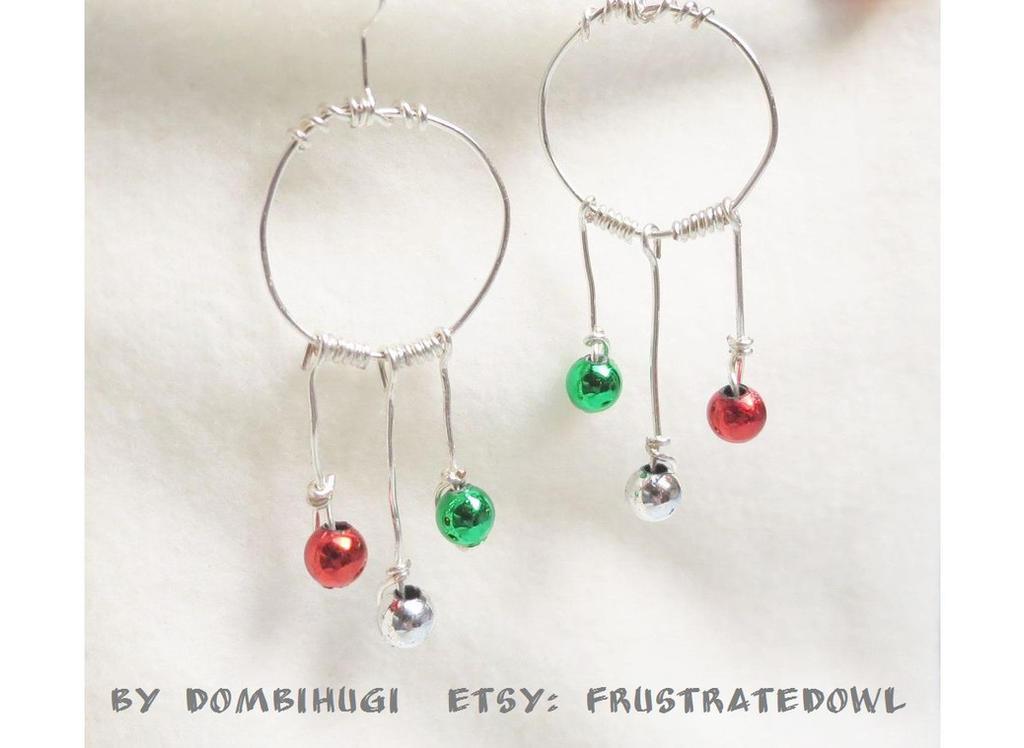 Hungarian Christmas Earrings by DombiHugi