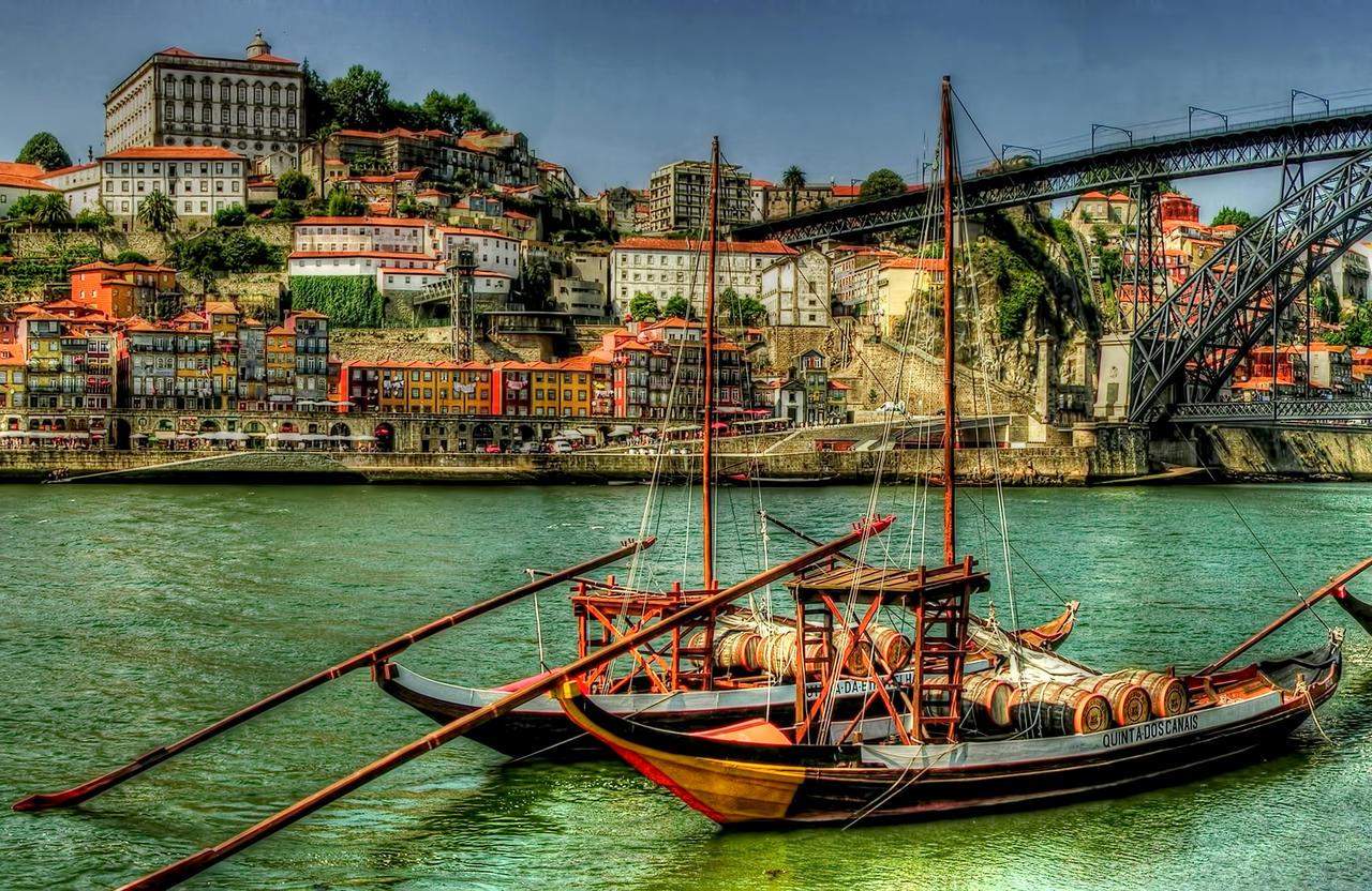 Douro River Estuary Porto 2 by jonboy56 on DeviantArt: jonboy56.deviantart.com/art/Douro-River-Estuary-Porto-2-245633878