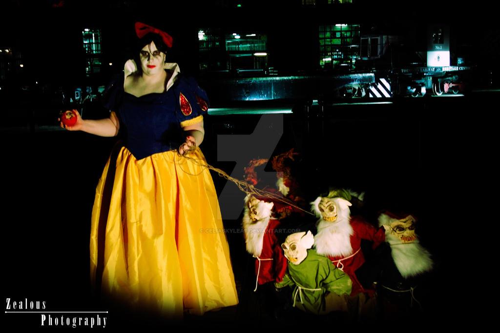 Twisted Snow White 4 by Celiaskyleaf