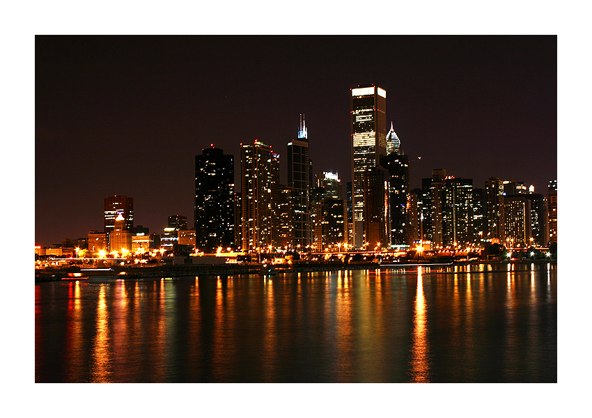 Chicago Night by isotopez