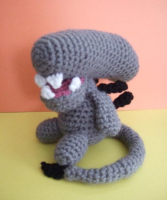 Crochet Amigurumi Alien : Crochet Alien (Xenomorph) by Cutigurumis on DeviantArt
