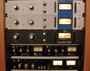 Universal Audio 1176 Compressers by danduskin