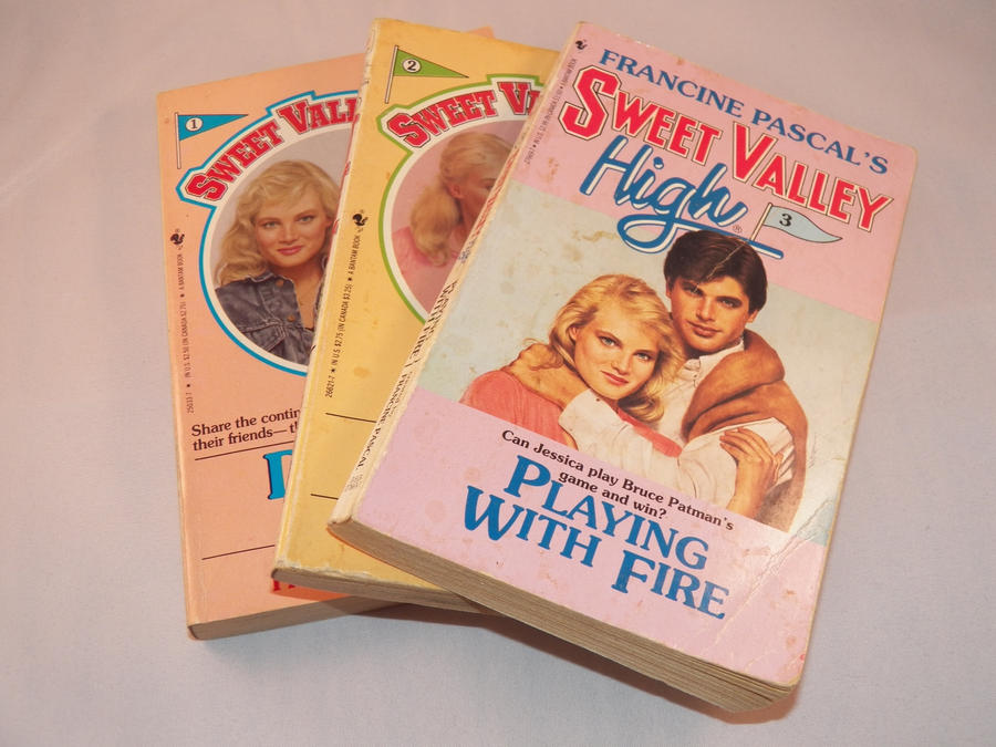 SWEET VALLEY HIGH BOOKS X28