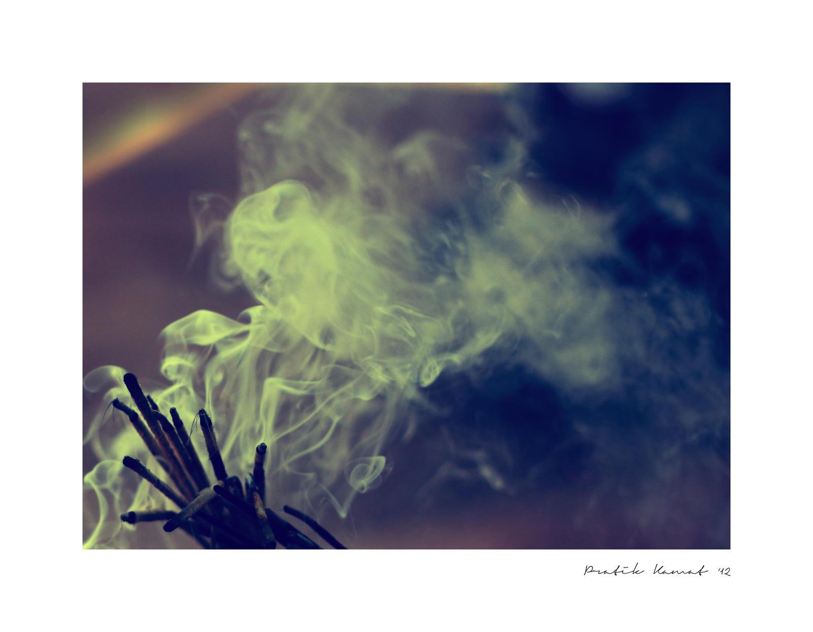 Holy smoke by myndsnare