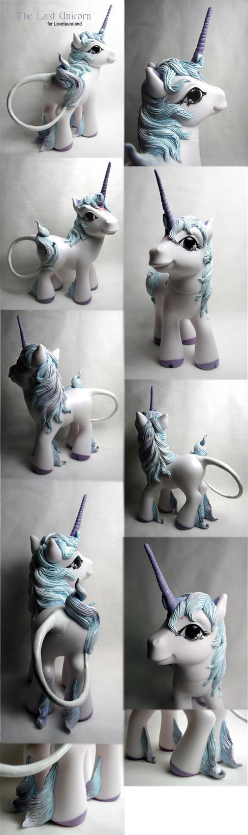 Last Unicorn v.2 by Woosie