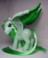 Joyful Jade my little pony by Woosie