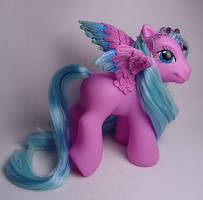 Little Lilac pegasus pony by Woosie