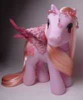 Pink Rose pegasus pony by Woosie