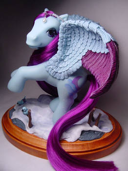 Wistful Winter pegasus pony