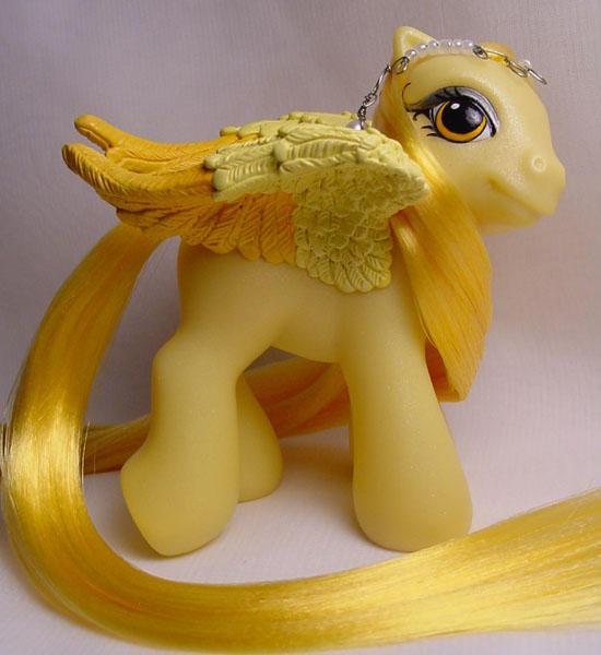 Baby Buttercup pegasus pony by Woosie