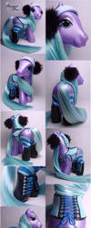 Blizzard Blue corseted pony by Woosie