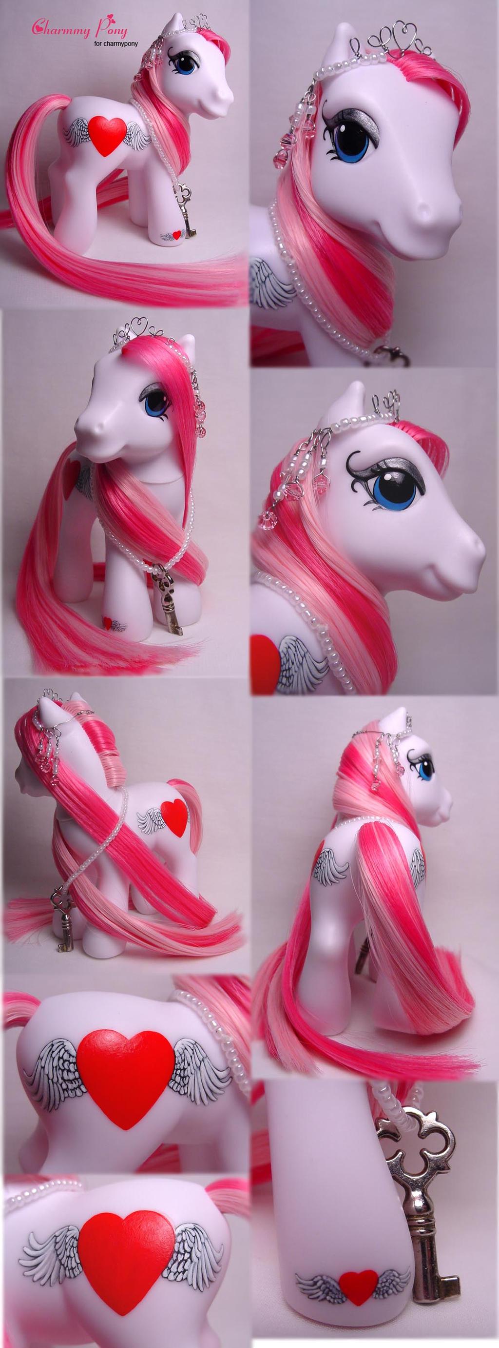 Charmmy Pony custom by Woosie