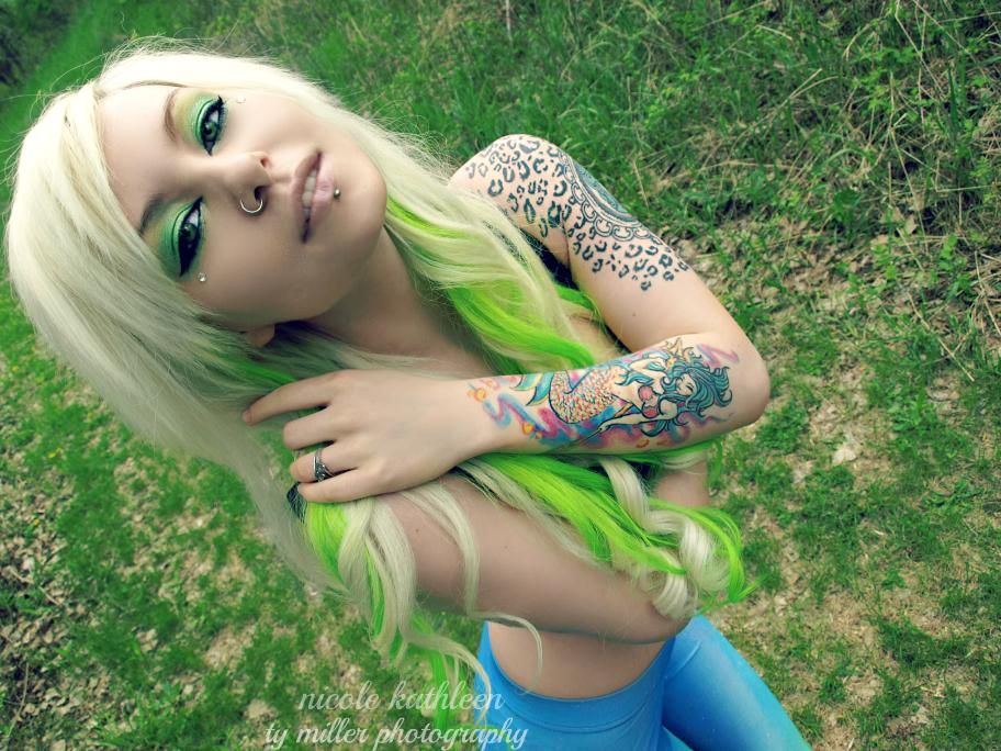 nicole-x-kathleen's Profile Picture
